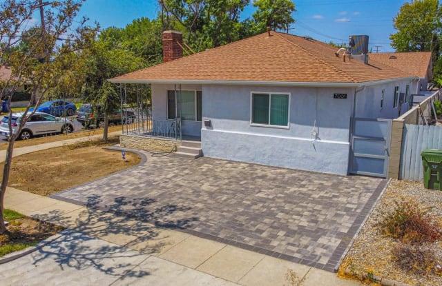7001 Mammoth Avenue - 7001 Mammoth Avenue, Los Angeles, CA 91405