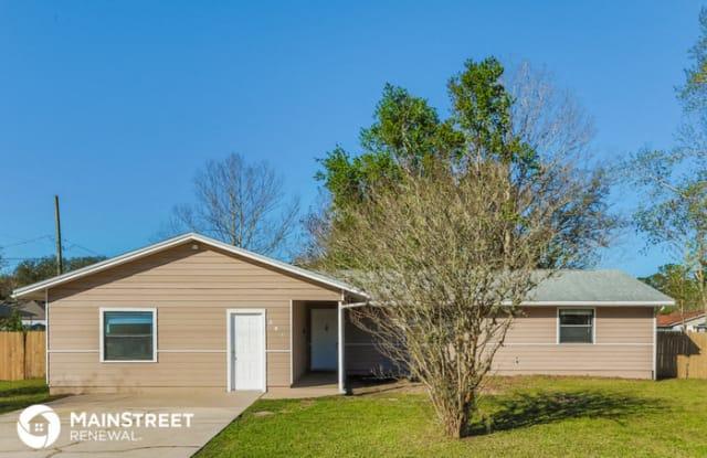 301 Highland Avenue - 301 Highland Avenue North, Green Cove Springs, FL 32043