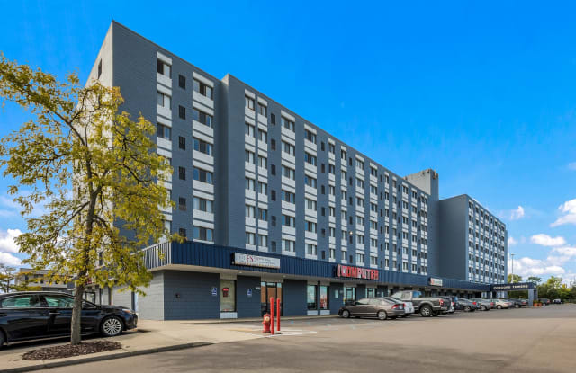 Concord Towers - 32600 Concord Dr, Madison Heights, MI 48071