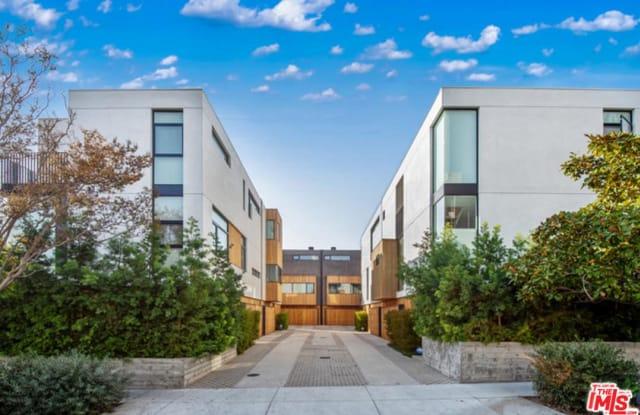 1829 North KENMORE Avenue - 1829 N Kenmore Ave, Los Angeles, CA 90027