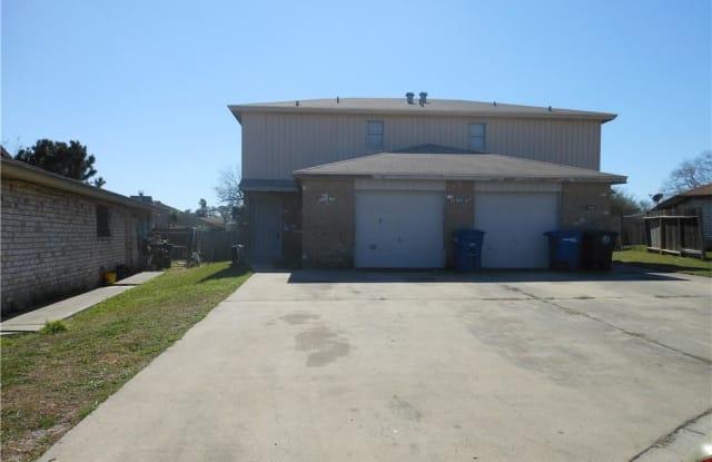 11605 Post Oak #1 - 11605 Post Oak Circle, Corpus Christi, TX 78410