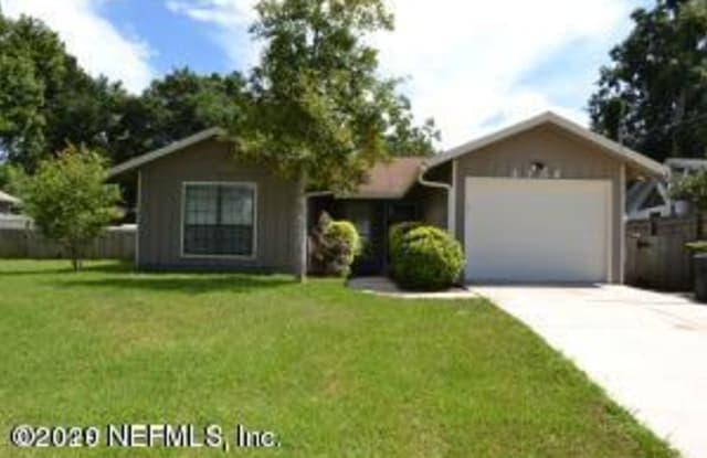 4704 PINEWOOD RD - 4704 Pinewood Road, Jacksonville, FL 32210