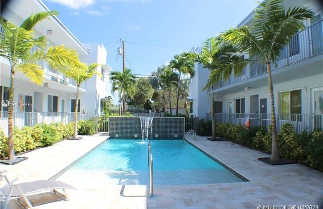 315 S Shore Dr - 315 South Shore Drive, Miami Beach, FL 33141