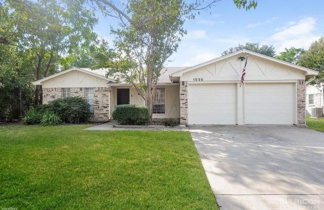 1030 Bryant Street - 1030 Bryant Street, Benbrook, TX 76126