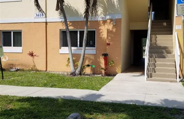 3610 N 56th Ave - 3610 North 56th Avenue, Hollywood, FL 33021