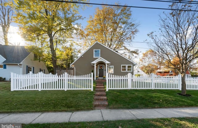 12804 ARDENNES AVE - 12804 Ardennes Avenue, Rockville, MD 20851