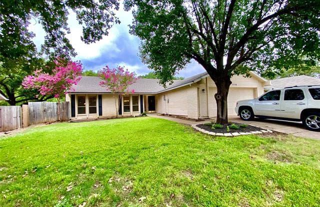 1110 Strawn Court - 1110 Strawn Court, Flower Mound, TX 75028