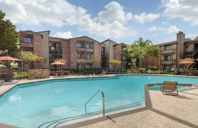 Park 610 Apartment Homes - 2701 W Bellfort Ave, Houston, TX 77054