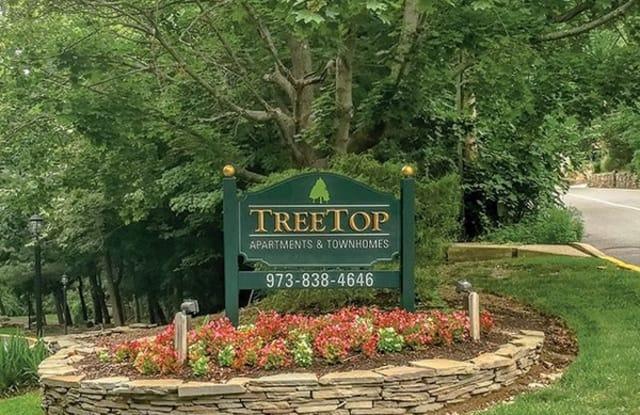 Treetop Apartments - 117 Treetop Ct, Bloomingdale, NJ 07403