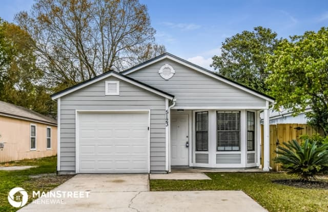 5123 Somerton Court - 5123 Somerton Court, Jacksonville, FL 32210