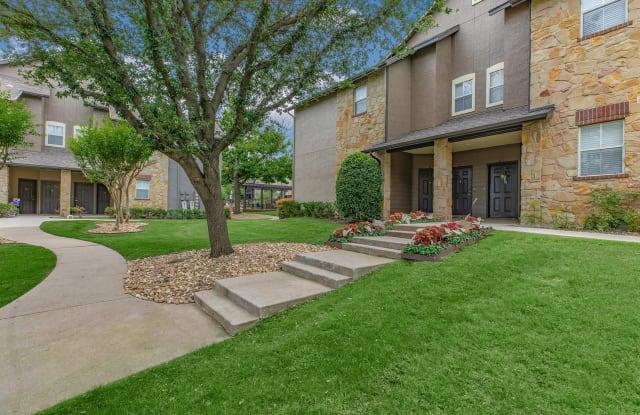 Ranch at Ridgeview - 2901 Ridgeview Dr, Plano, TX 75025