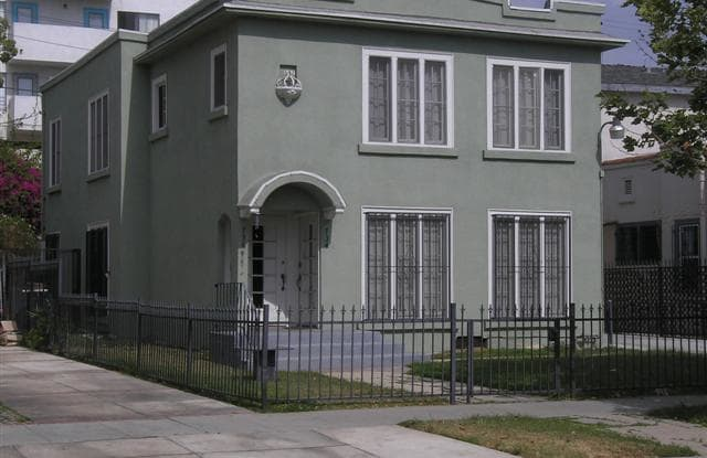 734 South Gramercy Place - 734 South Gramercy Place, Los Angeles, CA 90005