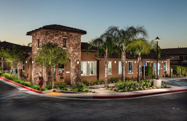Townhomes at Lost Canyon - 18179 W Terra Verde Pl, Santa Clarita, CA 91387