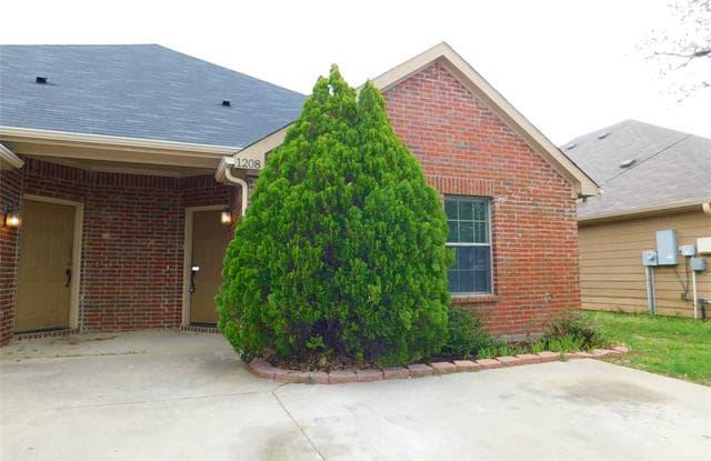1208 Mulkey Lane - 1208 Mulkey Lane, Denton, TX 76209