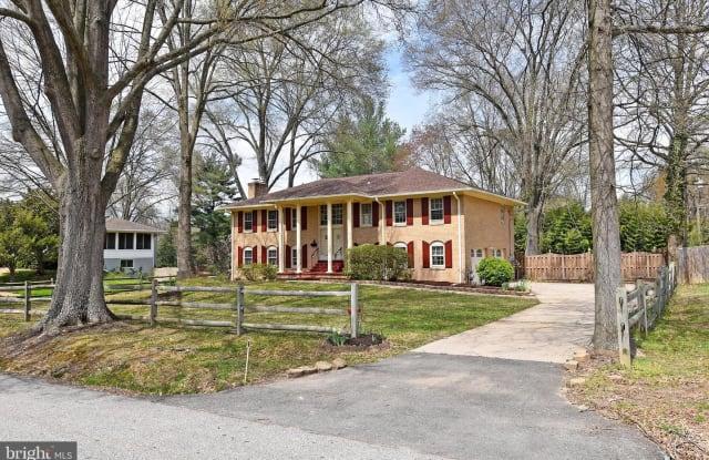 1118 COLLINGWOOD RD - 1118 Collingwood Road, Fort Hunt, VA 22308