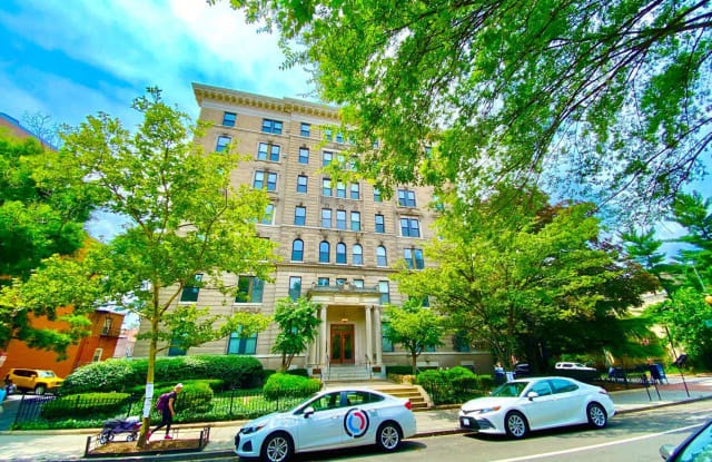 Albemarle - 1830 17th Street Northwest, Washington, DC 20009