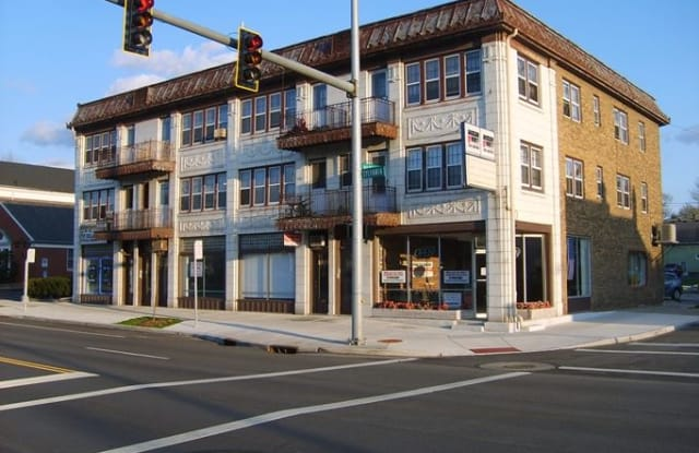 The Watermark - 1391 West Sylvania Avenue, Toledo, OH 43612
