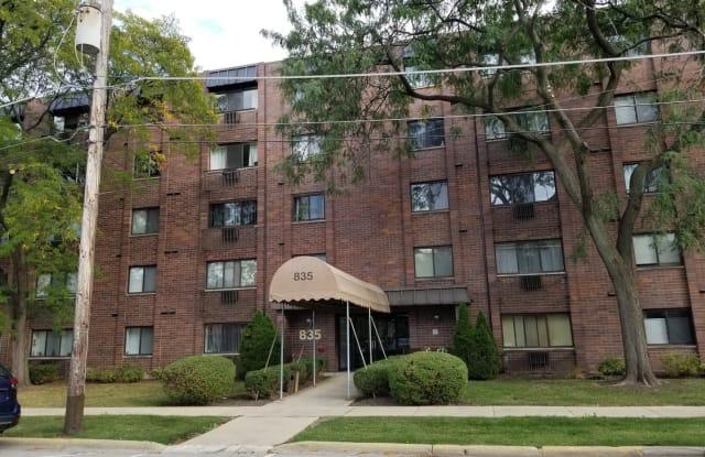 835 Pearson Street - 835 Pearson Street, Des Plaines, IL 60016