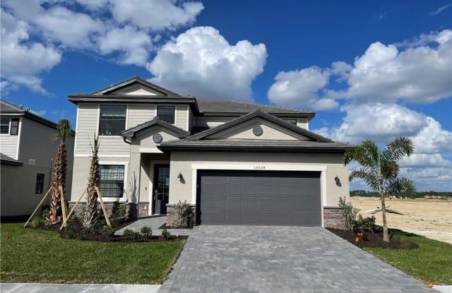 13924 Pine Lodge LN - 13924 Pine Lodge Ln, Gateway, FL 33913