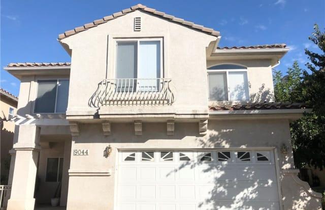9044 Hayvenhurst Avenue - 9044 Hayvenhurst Avenue, Los Angeles, CA 91343