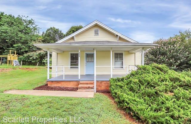 5499 Tryon Street - 5499 Tryon Street, Catawba County, NC 28613