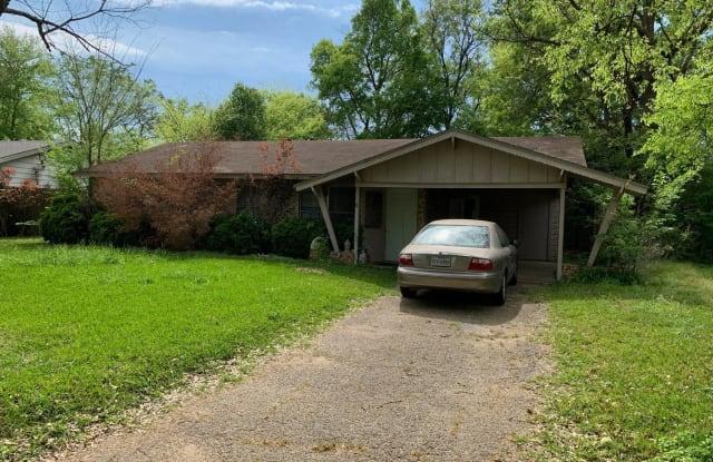 3907 Driftwood Ln - 3907 Driftwood Lane, Tyler, TX 75701