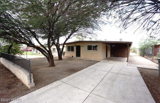 3235 N Los Altos Avenue - 3235 North Los Altos Avenue, Tucson, AZ 85705