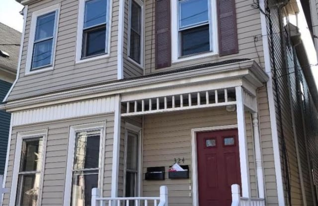 324 Washington St. - 324 Washington Street, Somerville, MA 02143