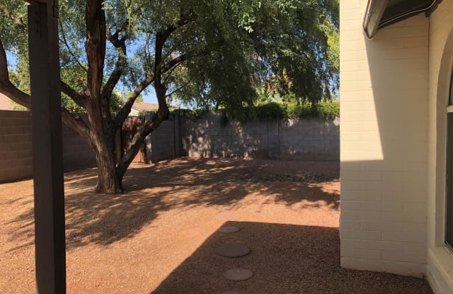 908 W MESQUITE Street - 908 W Mesquite St, Chandler, AZ 85225