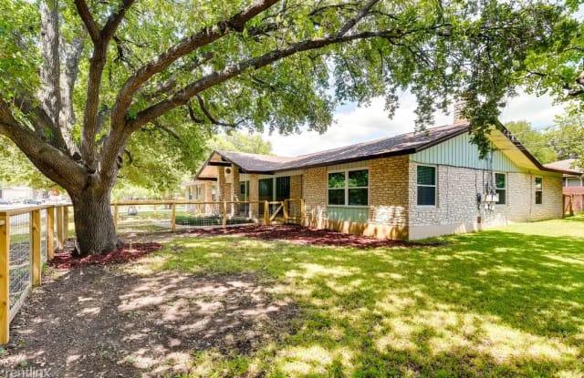 2807 Saint Edwards Cir - 2807 Saint Edward's Circle, Austin, TX 78704
