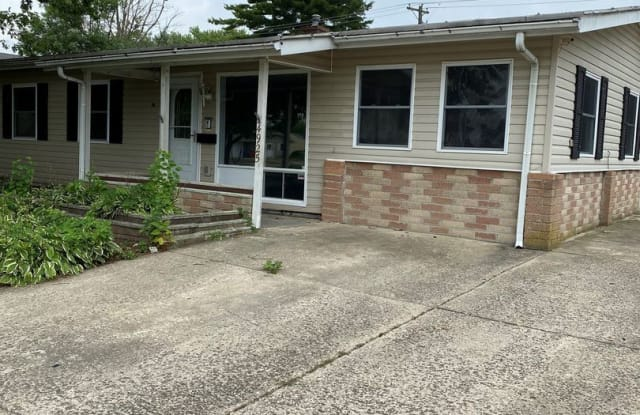 4925 Meadowbrook Dr. - 4925 Meadowbrook Drive, Franklin County, OH 43207