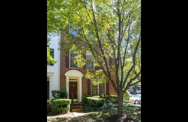 8870 ASHGROVE HOUSE LANE - 8870 Ashgrove House Lane, Tysons Corner, VA 22182