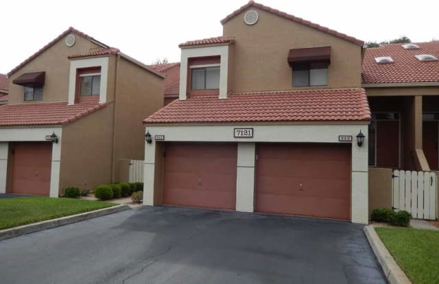 7121 Golden Eagle CT - 7121 Golden Eagle Court, Lee County, FL 33912