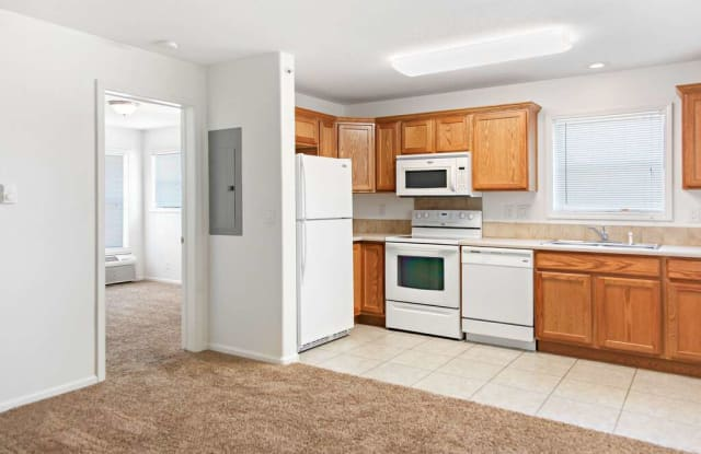 Rifle Creek Apartments - 3025 Coal Mine Ave Apt 1A, Rifle, CO 81650