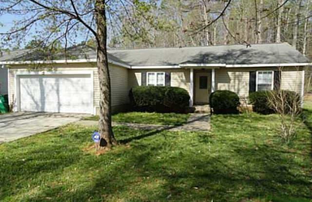 4129 Oakwood Rd - 4129 Oakwood Road, Charlotte, NC 28269