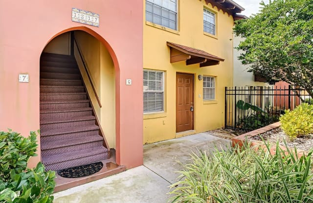 This Amazing & Just Remodeled 1 Bedroom 1 Bath Pool View Condo is Available Now! - 1517 Catherine Street, Orlando, FL 32801