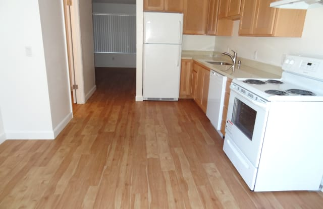 539 W Sierra Avenue - 539 West Sierra Avenue, Cotati, CA 94931