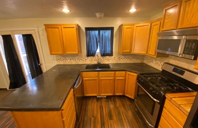 2071 North 1250 West - 2071 North 1250 West, Clinton, UT 84015