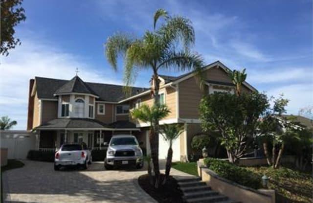 605 Calle Fierros - 605 Calle Fierros, San Clemente, CA 92673