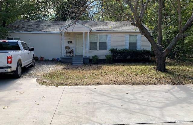 150 Decker Dr - 150 Decker Lane, Lewisville, TX 75057