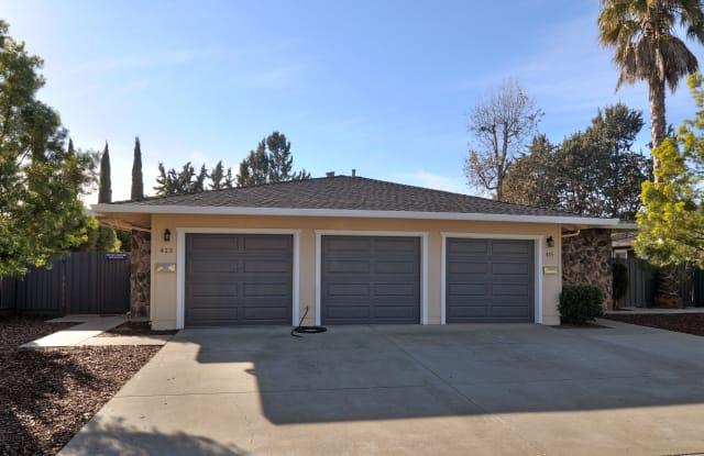 415 Pinehurst Ave - 415 Pinehurst Avenue, Los Gatos, CA 95032