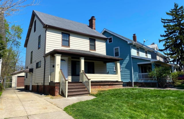 3255 Kildare Road - 3255 Kildare Road, Cleveland Heights, OH 44118