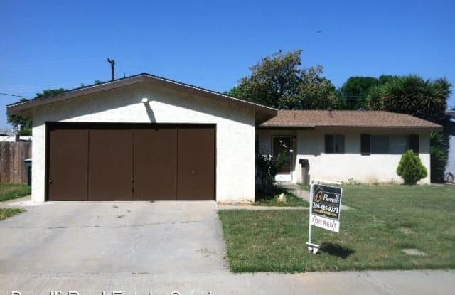 403 Sherwood Drive - 403 Sherwood Drive, Gustine, CA 95322