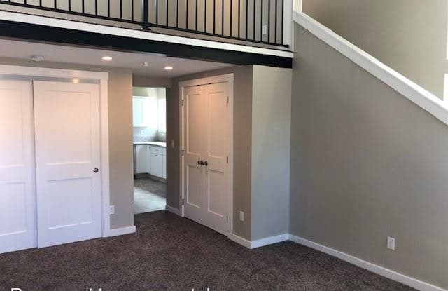 Garden Court Plaza Apartments - 2747 20th Place, Forest Grove, OR 97116