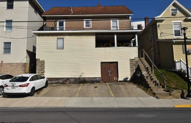 326 Beverly Avenue - 326 Beverly Avenue, Morgantown, WV 26505
