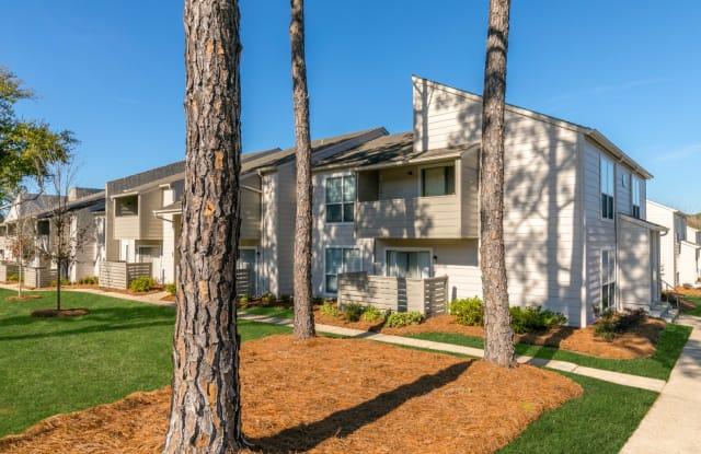 Southern Oaks - 833 S University Blvd, Mobile, AL 36609