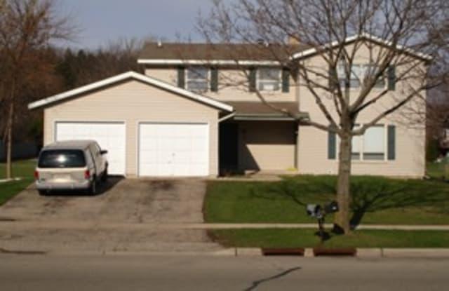 2106 McKenna Blvd - 2106 Mckenna Boulevard, Madison, WI 53711