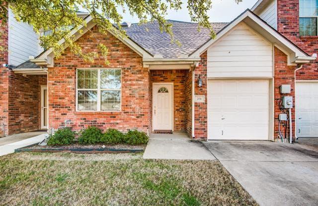 208 Seva Court - 208 Ponce Drive, Irving, TX 75061