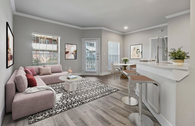Charleston Apartment Homes - 14555 Blanco Rd, San Antonio, TX 78216