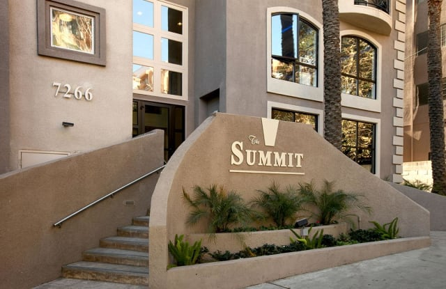 The Summit Apartments - 7266 Franklin Ave, Los Angeles, CA 90046